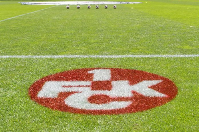 1. FC Kaiserslautern: Internationaler Besuch