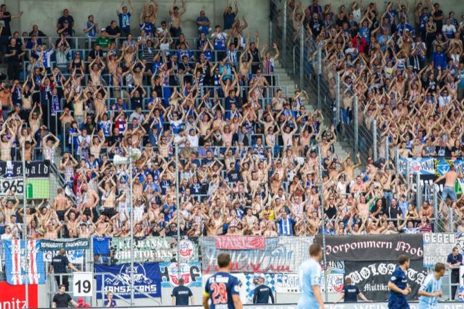 Rostock ohne Fans im Rücken in Magdeburg