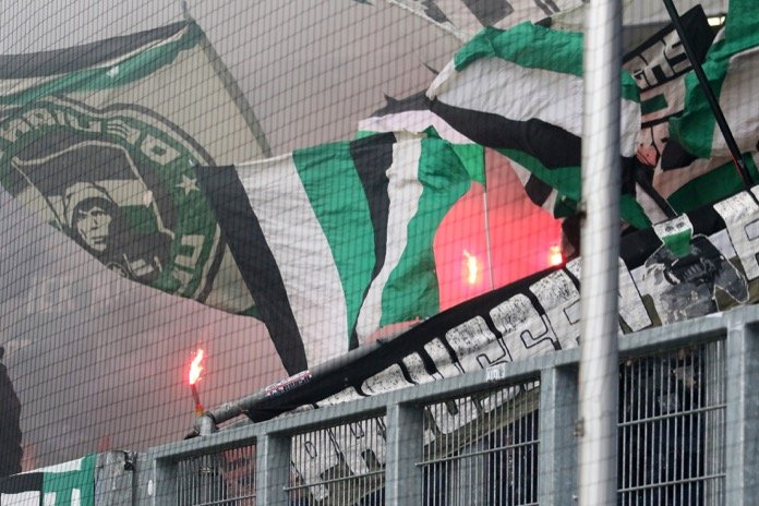 Münster Fans in Duisburg (FOTOSTAND)