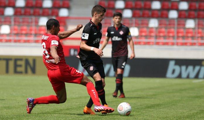 38. Spieltag 17/18: Rot-Weiß Erfurt - Würzburger Kickers
