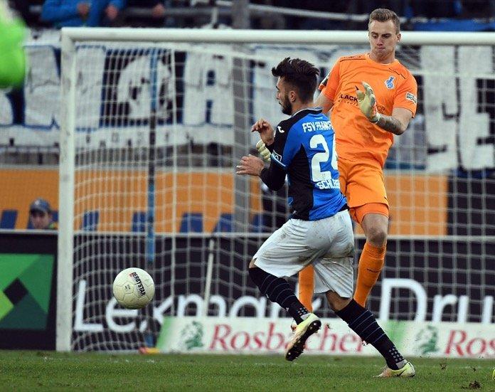 Duisburg bangt um Mark Flekken