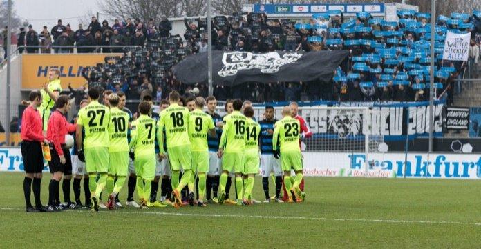 Frankfurt siegt gegen Wiesbaden – Spielbericht + Bilder
