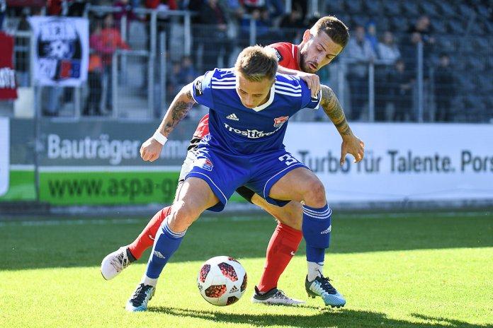10. Spieltag 18/19: Sonnenhof Großaspach - SpVgg Unterhaching - Bild