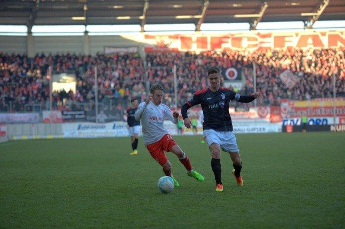 13. Spieltag; Rot-Weiß Erfurt – Hallescher FC