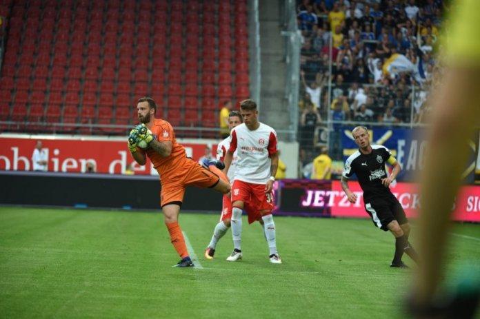 Hallescher FC: Schnitzler wieder im Kasten