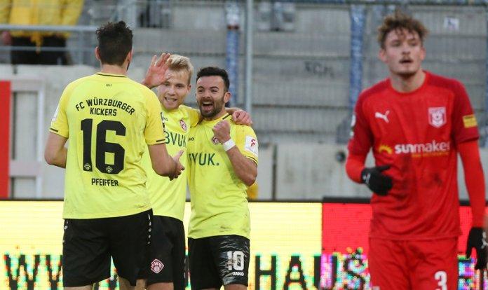 19. Spieltag 19/20: Hallescher FC - Würzburger Kickers - Bild