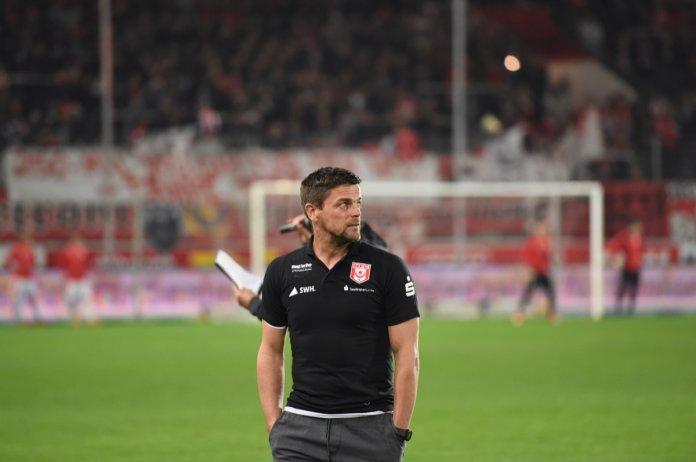 10. Spieltag 18/19: Hallescher FC - Hansa Rostock - Bild