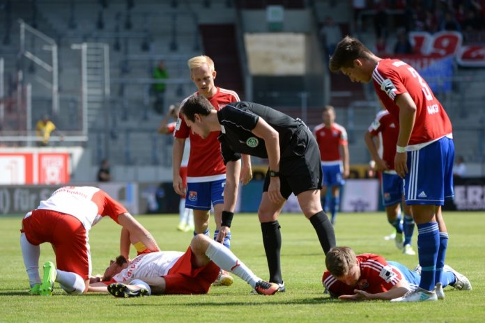 5. Spieltag 17/18: Hallescher FC - SpVgg Unterhaching - Bild