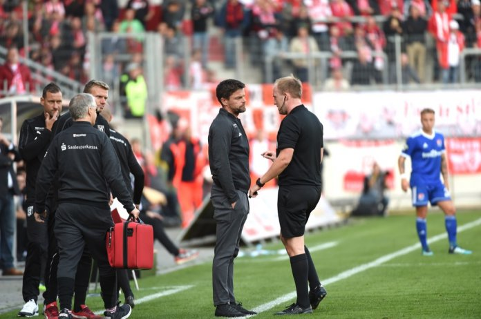 12. Spieltag 18/19: Hallescher FC - SpVgg Unterhaching - Bild