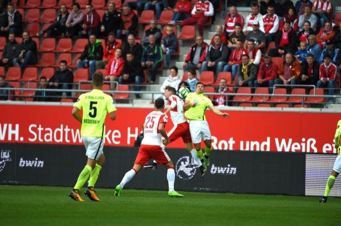 7. Spieltag 17/18: Hallescher FC - SV Wehen Wiesbaden - Bild