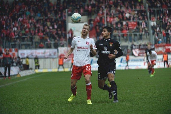 Halle kassierte erste Heimpleite der Saison – Spielbericht + Bilder
