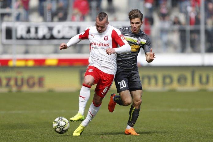 32. Spieltag 17/18: Hallescher FC - Rot-Weiß Erfurt