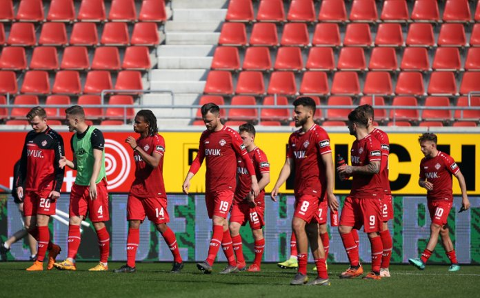 32. Spieltag 18/19: Hallescher FC - Würzburger Kickers - Bild
