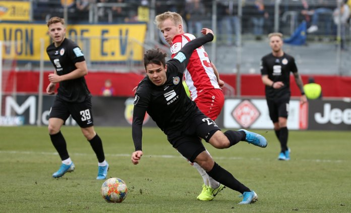 25. Spieltag 19/20: Würzburger Kickers - Eintracht Braunschweig