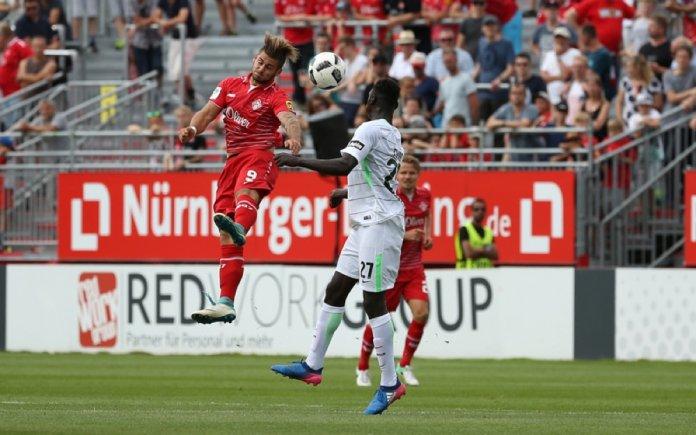 2. Spieltag 17/18: Würzburger Kickers - SV Werder Bremen II