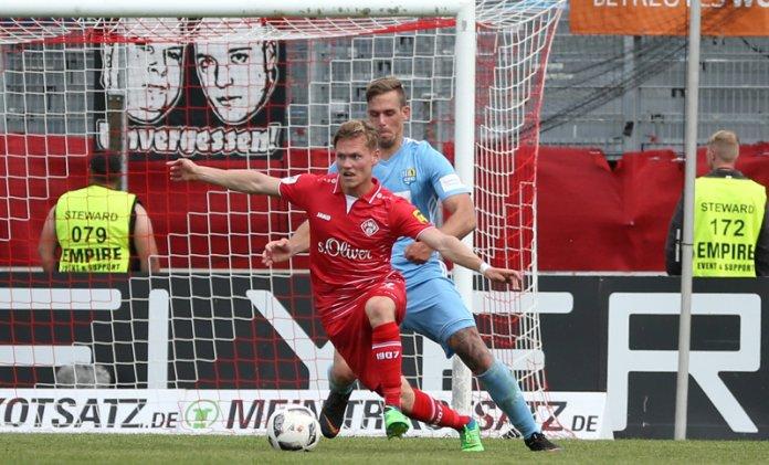 35. Spieltag 17/18: Würzburger Kickers - Chemnitzer FC - Bild