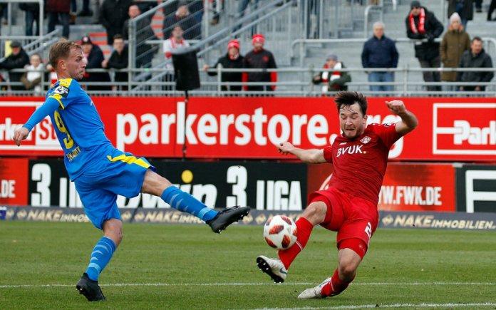 17. Spieltag 18/19: Würzburger Kickers - Carl Zeiss Jena