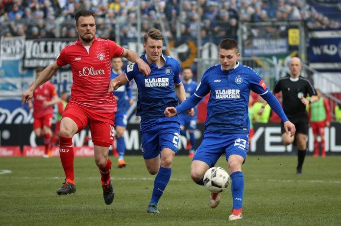 31. Spieltag 17/18: Würzburger Kickers - Karlsruher SC