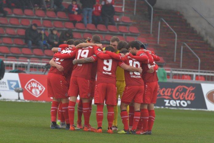 19. Spieltag 18/19: Würzburger Kickers - Sportfreunde Lotte - Bild