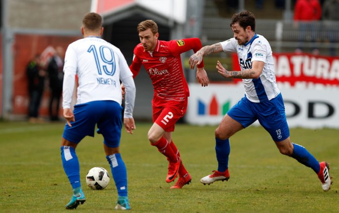 23. Spieltag 17/18: Würzburger Kickers - 1. FC Magdeburg - Bild