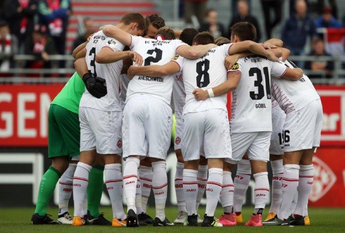 7. Spieltag 17/18: Würzburger Kickers - SC Paderborn 07