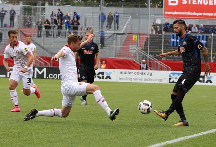 7. Spieltag 17/18: Würzburger Kickers - SC Paderborn 07 - Bild
