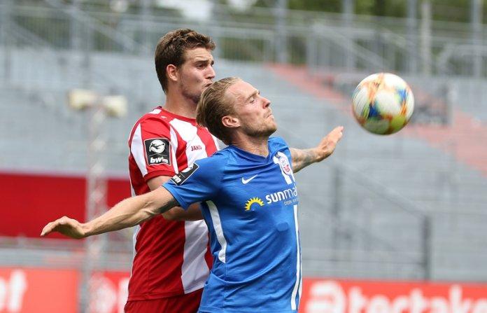 36. Spieltag 19/20: Würzburger Kickers - Hansa Rostock - Bild