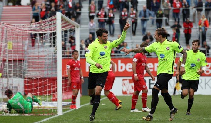 13. Spieltag 17/18: Würzburger Kickers - SV Wehen Wiesbaden