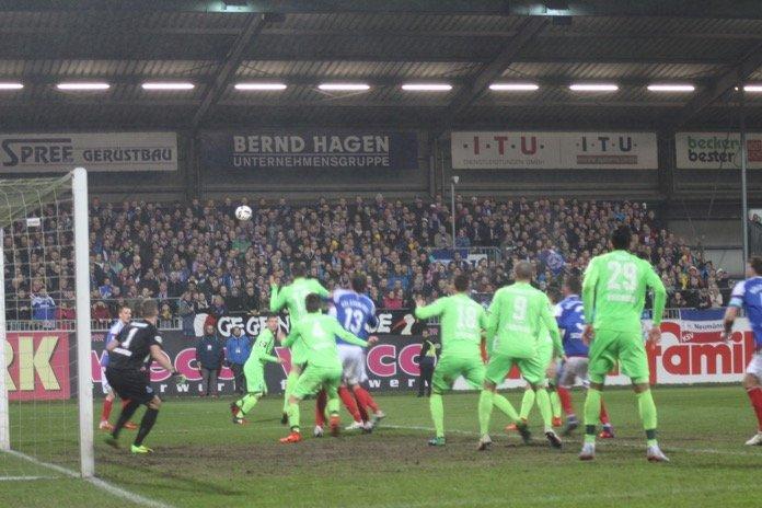 Duisburg verliert in Kiel – Spielbericht + Bilder