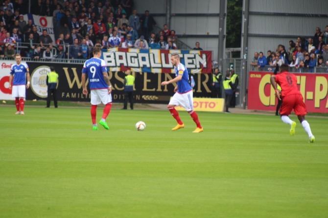 10. Spieltag; FC Energie Cottbus - Holstein Kiel