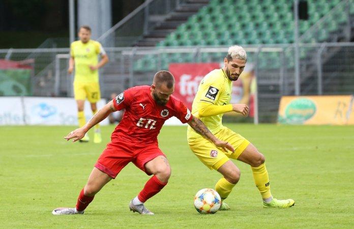 37. Spieltag 19/20: Viktoria Köln - Würzburger Kickers - Bild