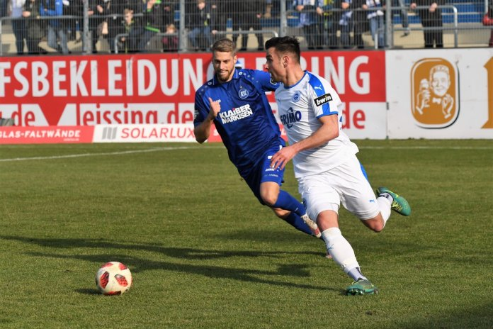25. Spieltag 18/19: Sportfreunde Lotte - Karlsruher SC - Bild