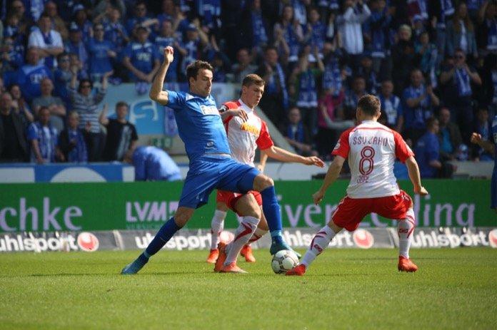 32. Spieltag 16/17: 1. FC Magdeburg - Jahn Regensburg