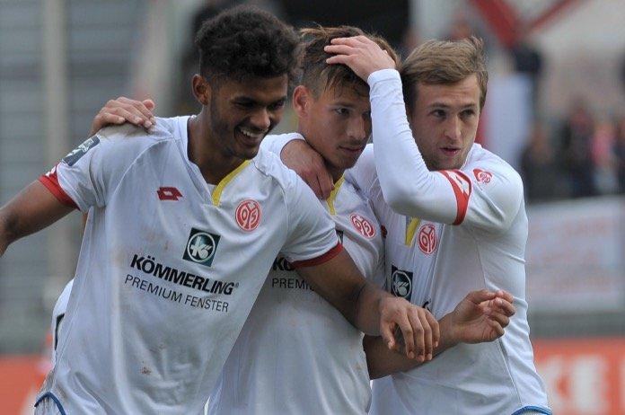 15. Spieltag; SSV Jahn Regensburg – SV Wehen Wiesbaden
