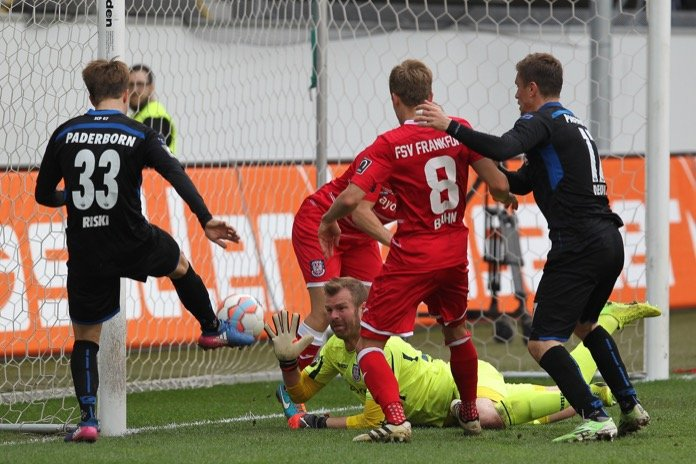 32. Spieltag 16/17: SC Paderborn 07 - FSV Frankfurt