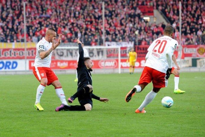 Landespokal Halbfinale: Hallescher FC - 1. FC Magdeburg