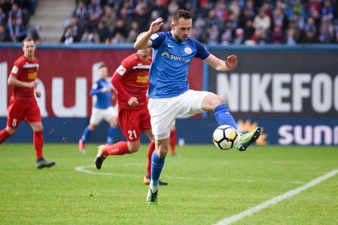22. Spieltag 17/18: Hansa Rostock - Rot-Weiß Erfurt - Bild