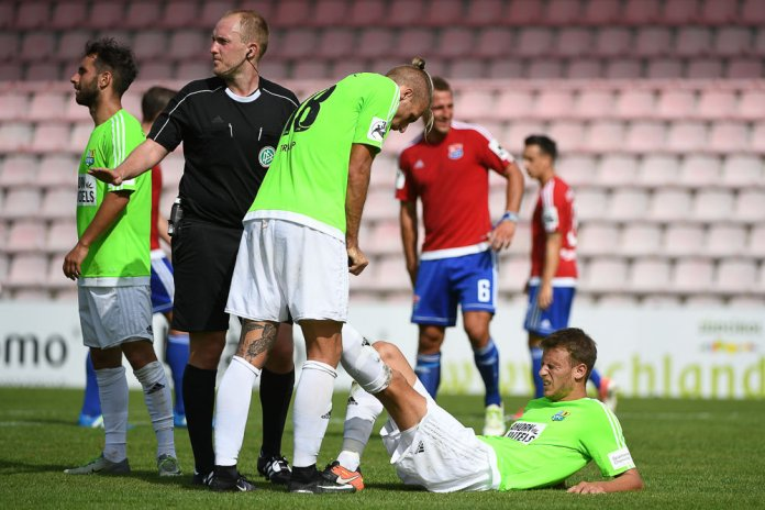 6. Spieltag 17/18: SpVgg Unterhaching - Chemnitzer FC - Bild