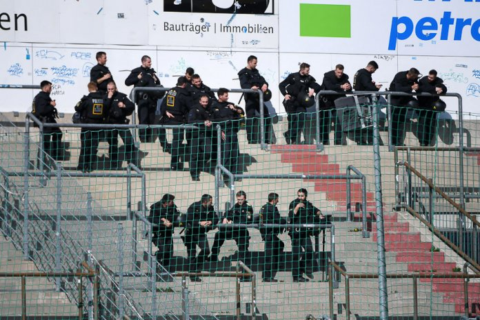 31. Spieltag 18/19: SpVgg Unterhaching - Hallescher FC