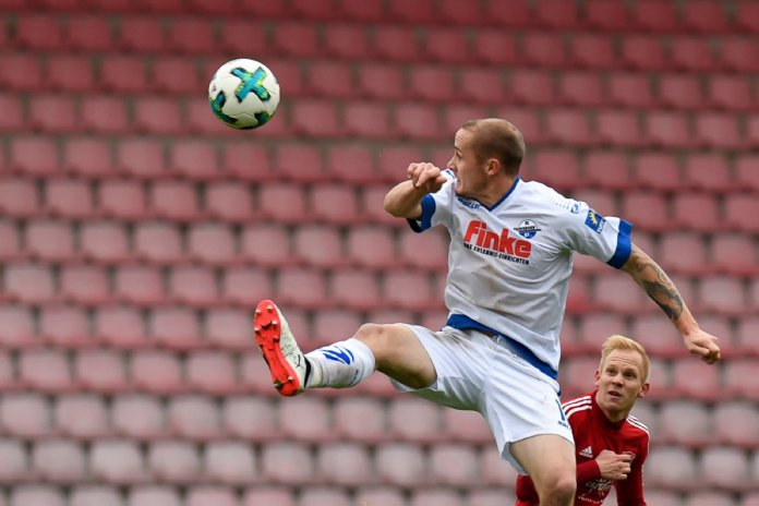 16. Spieltag 17/18: SpVgg Unterhaching - SC Paderborn 07