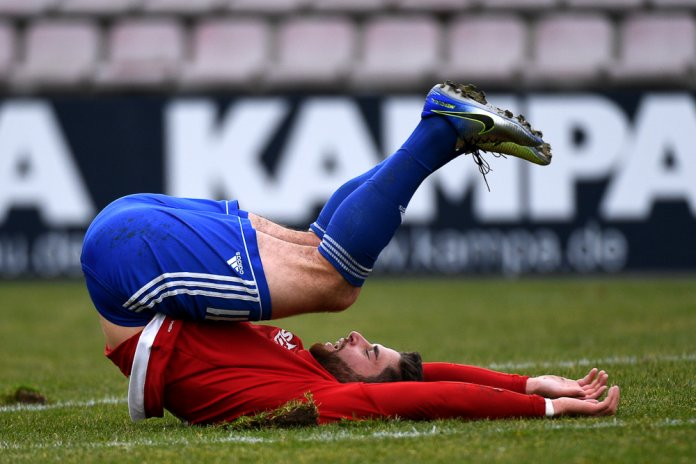 22. Spieltag 17/18: SpVgg Unterhaching - SV Wehen Wiesbaden - Bild