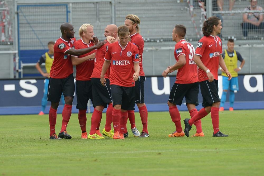 Wehen - Stuttgarter Kickers (Foto Hübner)