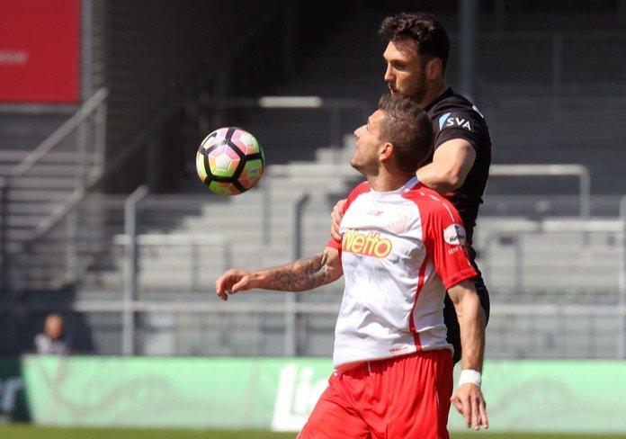 34. Spieltag 16/17: SV Wehen Wiesbaden - Jahn Regensburg