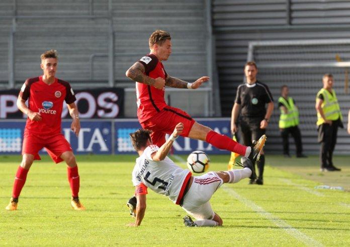 3. Spieltag 17/18: SV Wehen Wiesbaden - SpVgg Unterhaching - Bild
