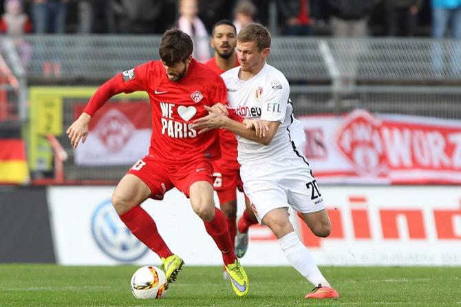 Würzburg und Cottbus trennen sich 2:2 - Spielbericht + Bilder