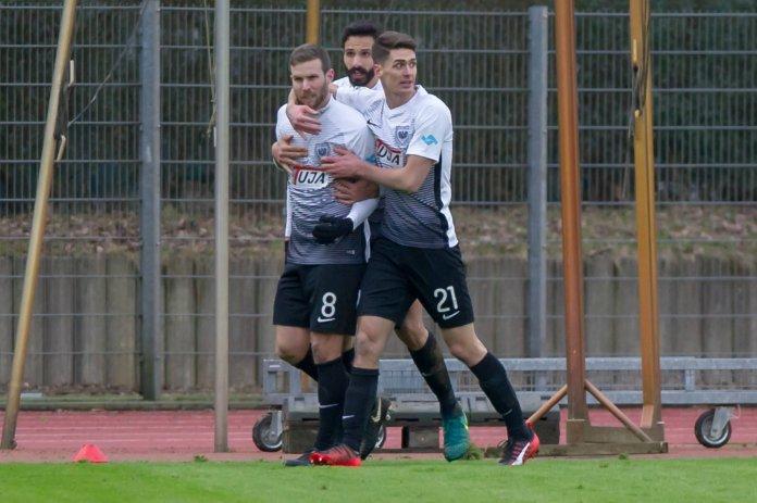 Rizzi schießt Bremer U 23 ab – Spielbericht