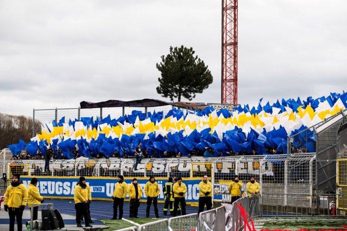 Jena gewinnt gegen Halle mit 2:1 – Spielbericht