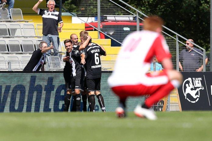 Aalen schlägt Halle mit 2:1 – Spielbericht