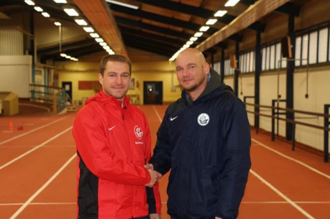 Konditions- und Athletiktrainer Björn Bornholdt und Vorstandsvorsitzender Markus Komm (Bild F.C. Hansa Rostock)