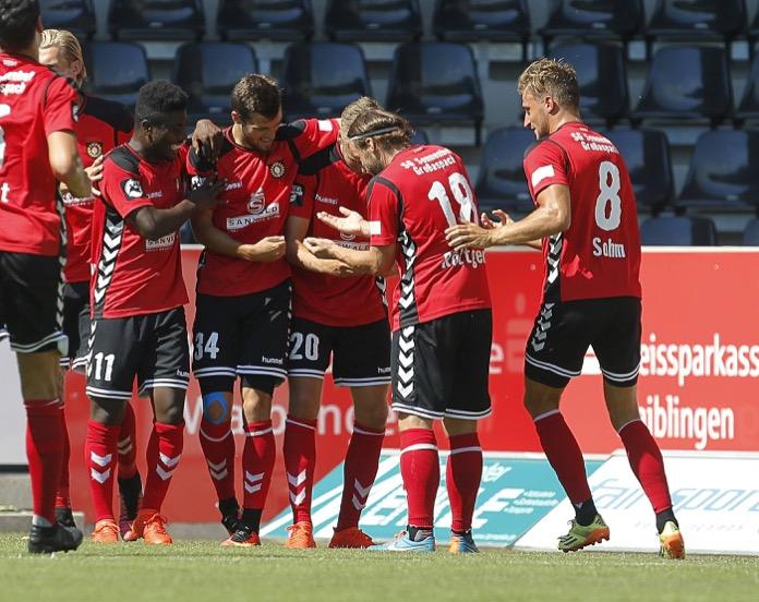 Großaspach siegt über Halle mit 3:0 – Spielbericht